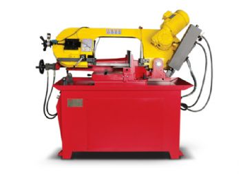 Starrett opens bandsaw  demonstration zone