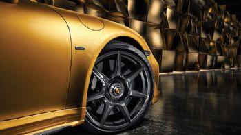 World premiere for Porsche's carbon wheels