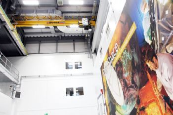 New cranes installed at  'space' facility