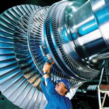 Manufacturers end year on a positive note