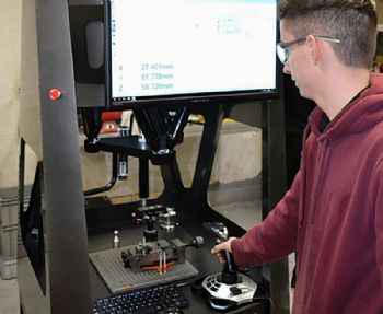 Enhancing shopfloor measurement accuracy
