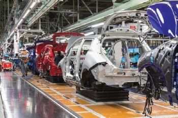 Nissan Sunderland to cut output