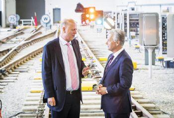 'Digital rail revolution' will reduce overcrowding