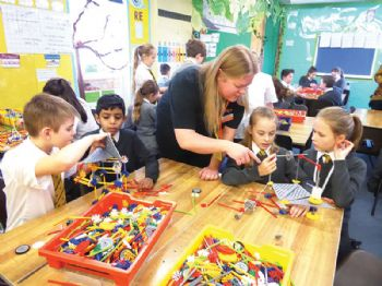 Renishaw sponsors 100 STEMworks workshops
