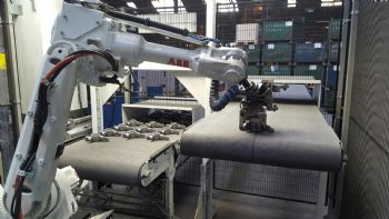 Robot cell pays off at castings firm
