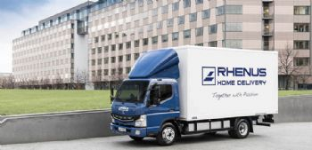 Daimler delivers its first all-electric trucks