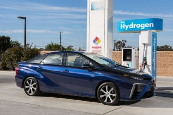 Hydrogen fuel cell taxis launched in Dubai