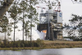 RS-25 space engine successfully hot-tested