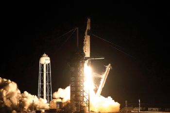 SpaceX launches first flight test of space system