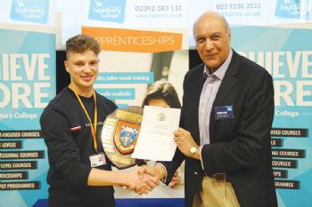 SSTL apprentice wins IET Award