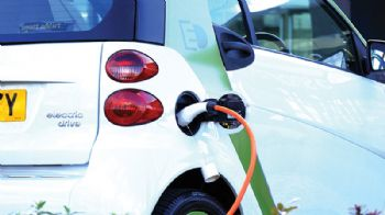 Green light for electric car battery development