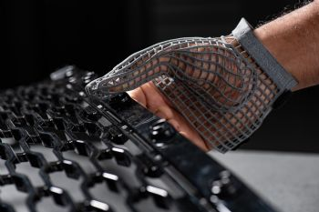 JLR works on 3-D printed glove