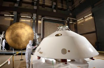 Mars 2020 Rover aeroshell delivered