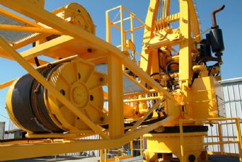 Sparrows secures deal to make cranes for Qatar