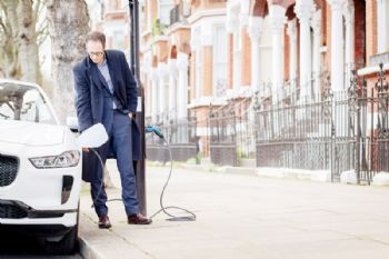 Siemens unveils UK's first 'Electric Avenue'