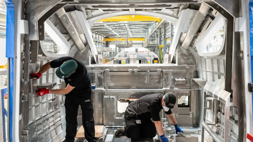 Hitachi Rail begins manufacturing of Class 803s