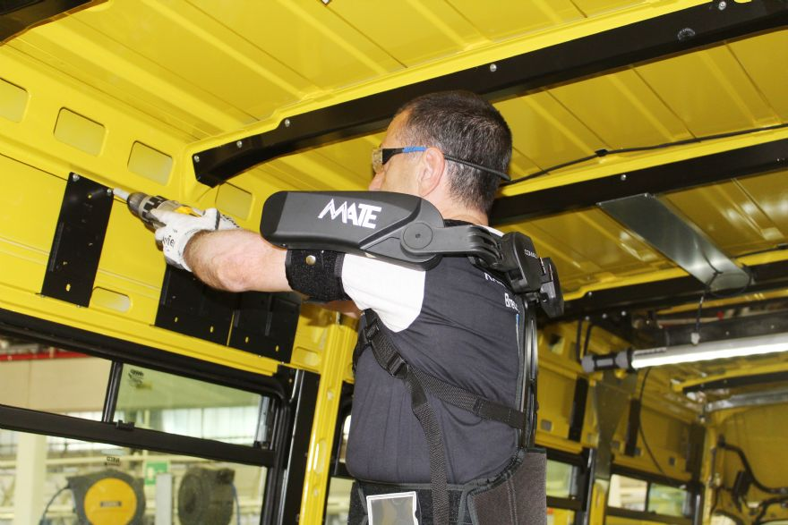 Exoskeleton lightens the load at Italian factory