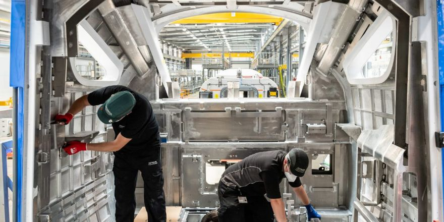 Manufacturing production expands in August