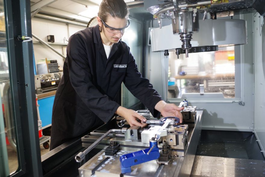 Longshore Engineering trusts in Haas machines