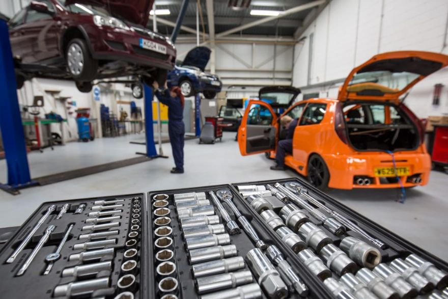 SMMT steps in to rescue automotive apprenticeships