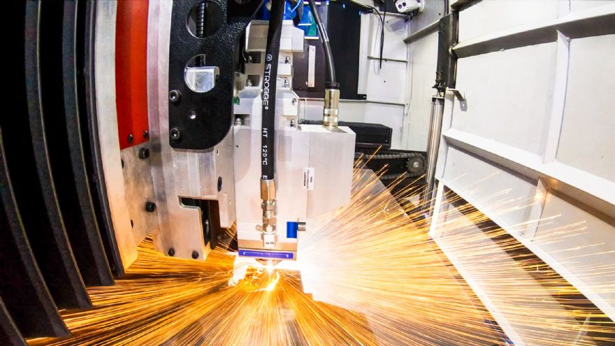 High-speed laser cutting machine under development