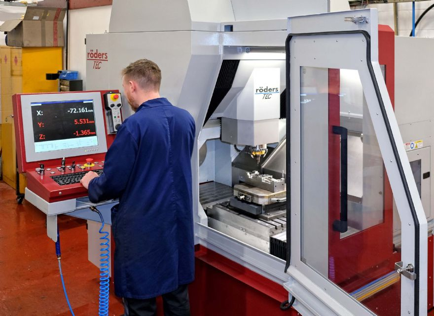 High-speed machining centres doubled up