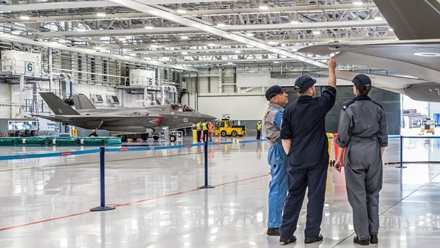 £76 million contract for F-35 Lightning support