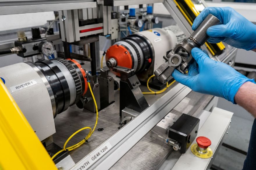 Improved assembly of universal joints