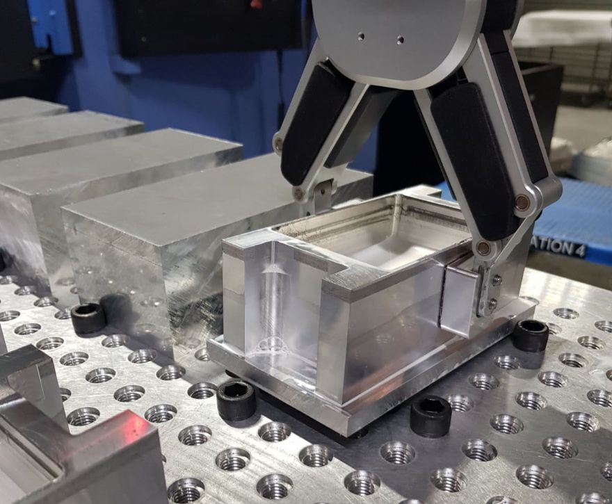 Precision sub-contractor boosts productivity with its first cobot