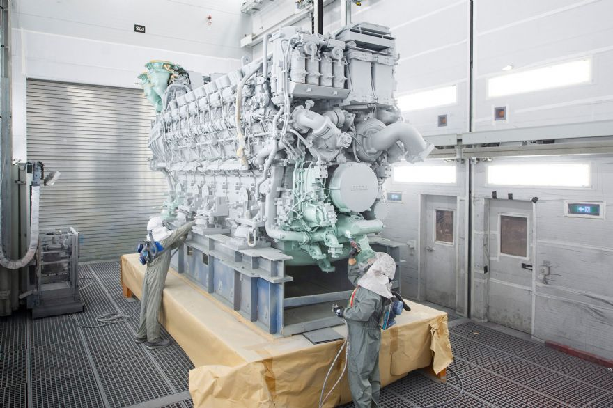 Rolls-Royce delivers first 16-cylinder version of MTU Series 8000 engine